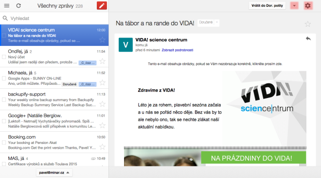 Gmail Offline umožňuje práci s emaily bez připojení k Internetu.